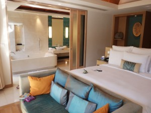 Renaissance Phuket Resort - Villa Bedroom - Bathroom