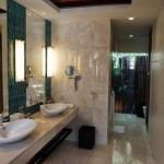Renaissance Phuket Resort - Villa Bathroom
