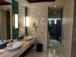 Renaissance Phuket Resort - Villa Bathroom