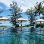 Renaissance Phuket Resort - Infinity Pool With Umbrellas